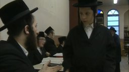 Bonjour! Shalom! - Hassidic Jews and Their French-Québecois Neighbors